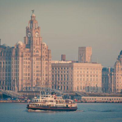 LiverpoolMerseyFerry_130521818